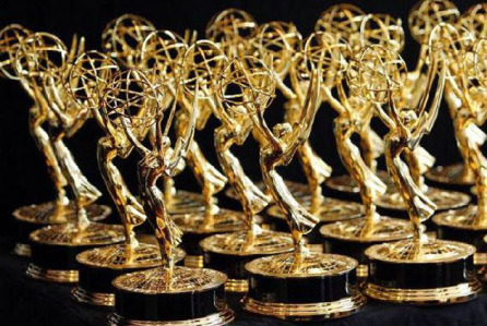 emmy-statuettes